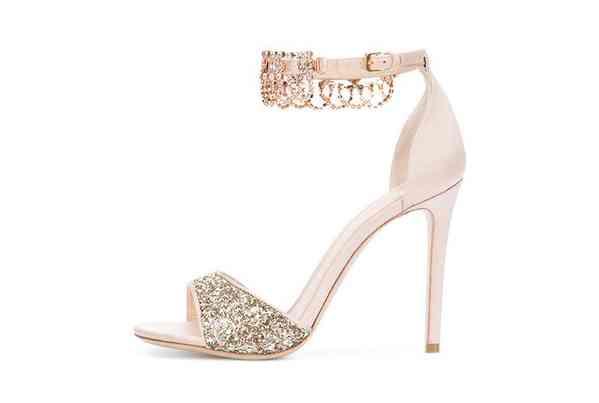 Zapatos Monique Lhuillier